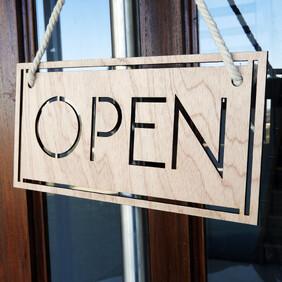 Modern Open & Closed Sign Set