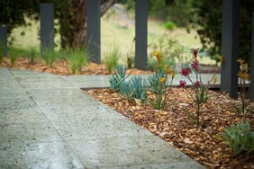 Recycled polished glass faced pavers