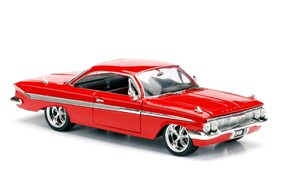 Fast and Furious 8 - Dom's Chevy Impala 1:24 Scale Hollywood Ride
