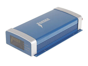 FULLY INSTALLED - Thunder 40 AMP DC/DC Charger with MPPT Solar Regulator